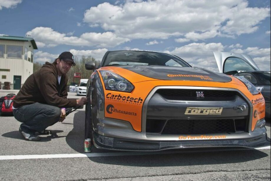 One Lap of America - CannonBall GT-R Photo by Motor Trend